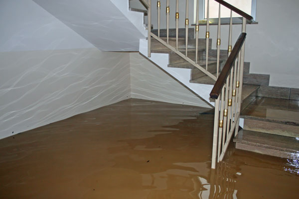 6 Helpful Tips For Doing Water Damage Restoration the Right Way